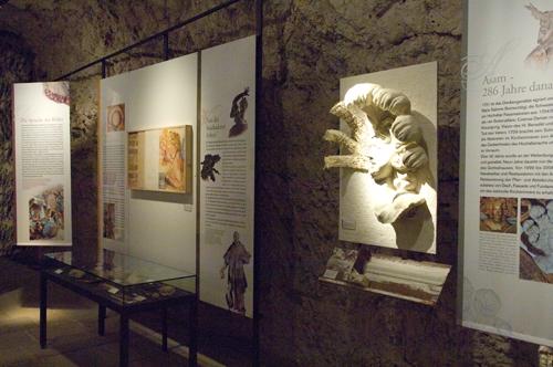 asamausstellung01